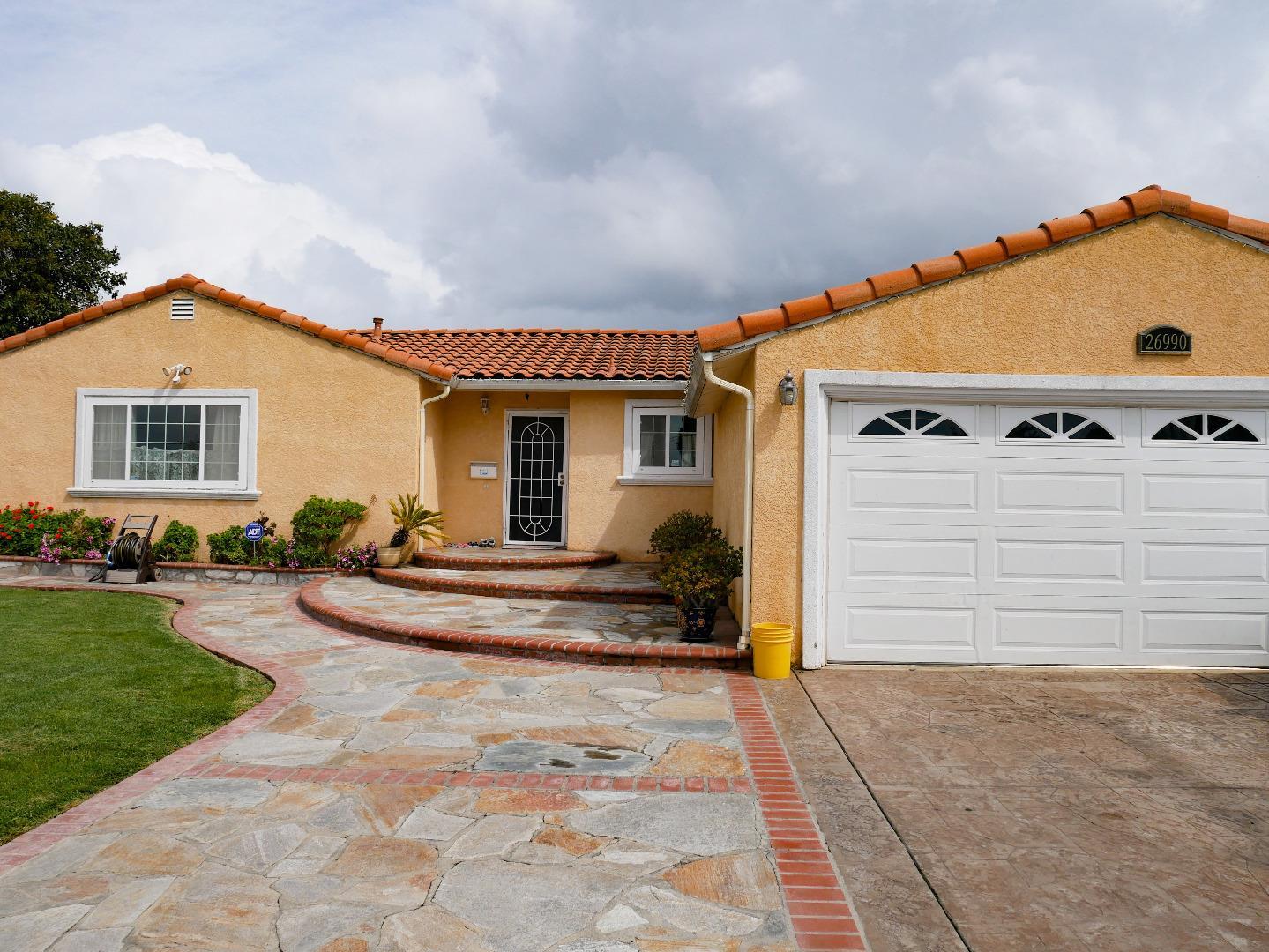 Single Family Home for Sale at 26990 Jennings Way 26990 Jennings Way Hayward, California 94544 United States