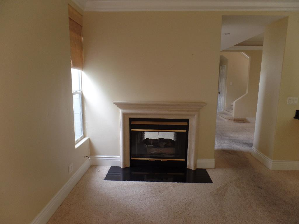Additional photo for property listing at 21044 Country Park  Salinas, California 93908 United States