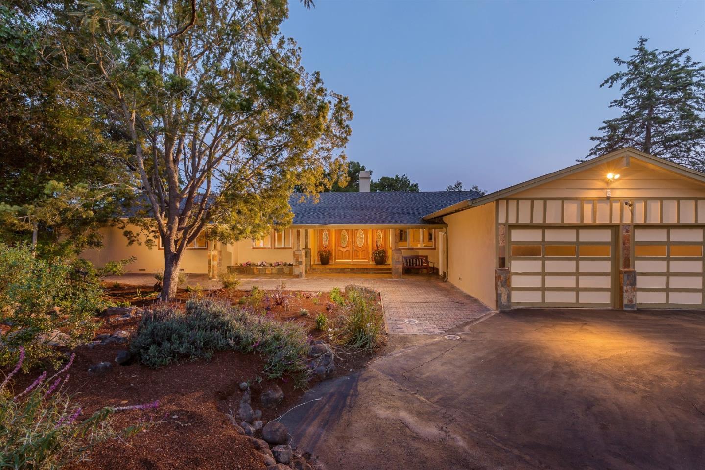 Maison unifamiliale pour l Vente à 12500 Minorca Los Altos Hills, Californie 94022 États-Unis