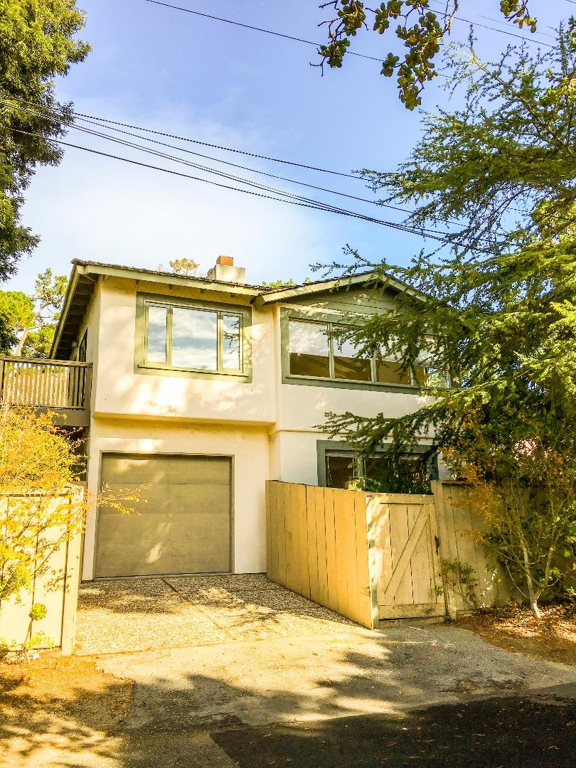Частный односемейный дом для того Продажа на 9th Ave 2 NW Torres Carmel, Калифорния 93921 Соединенные Штаты