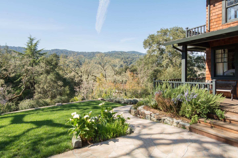 Maison unifamiliale pour l Vente à 280 Family Farm Road Woodside, Californie 94062 États-Unis
