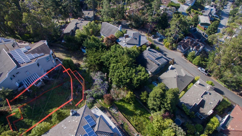 Additional photo for property listing at 243 Del Monte Road  El Granada, Калифорния 94018 Соединенные Штаты