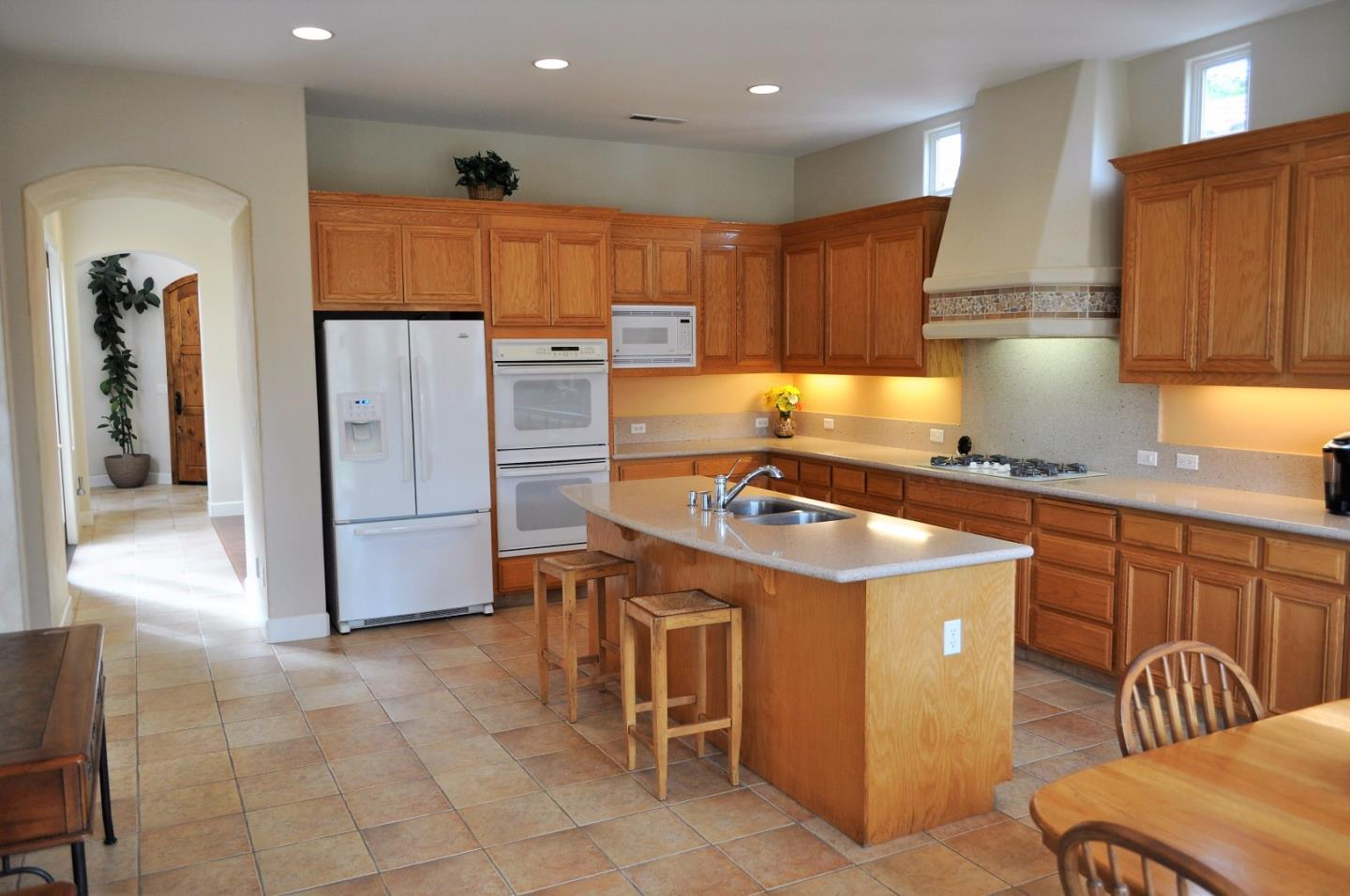 Additional photo for property listing at 2610 Club Drive  Gilroy, California 95020 Estados Unidos