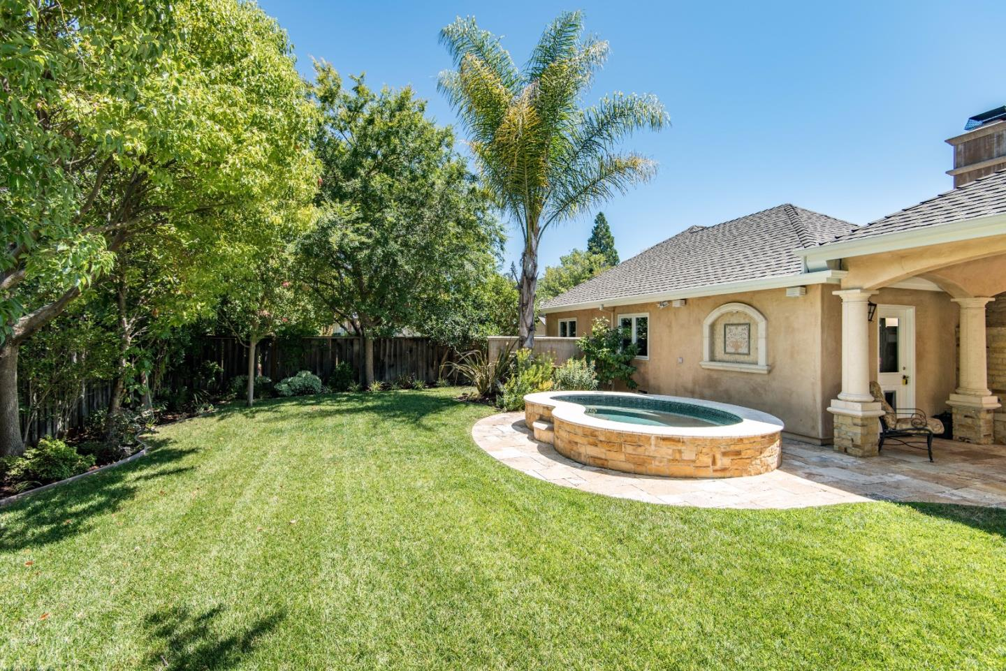 Additional photo for property listing at 16420 W LA CHIQUITA Avenue  Los Gatos, California 95032 United States