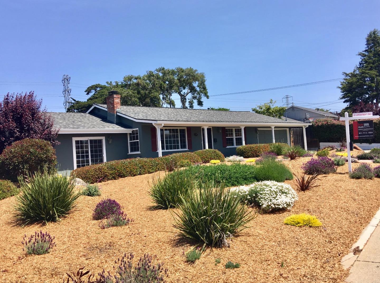 واحد منزل الأسرة للـ Sale في 959 Portola Drive Del Rey Oaks, California 93940 United States