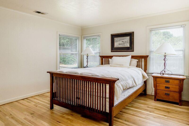 Additional photo for property listing at 36 Paseo Hermoso  Salinas, 加利福尼亞州 93908 美國