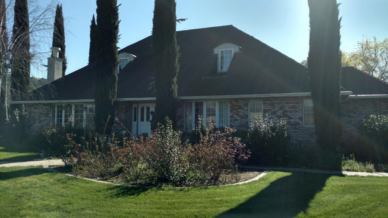 獨棟家庭住宅 為 出售 在 1972 Alpet Drive 1972 Alpet Drive Morgan Hill, 加利福尼亞州 95037 美國