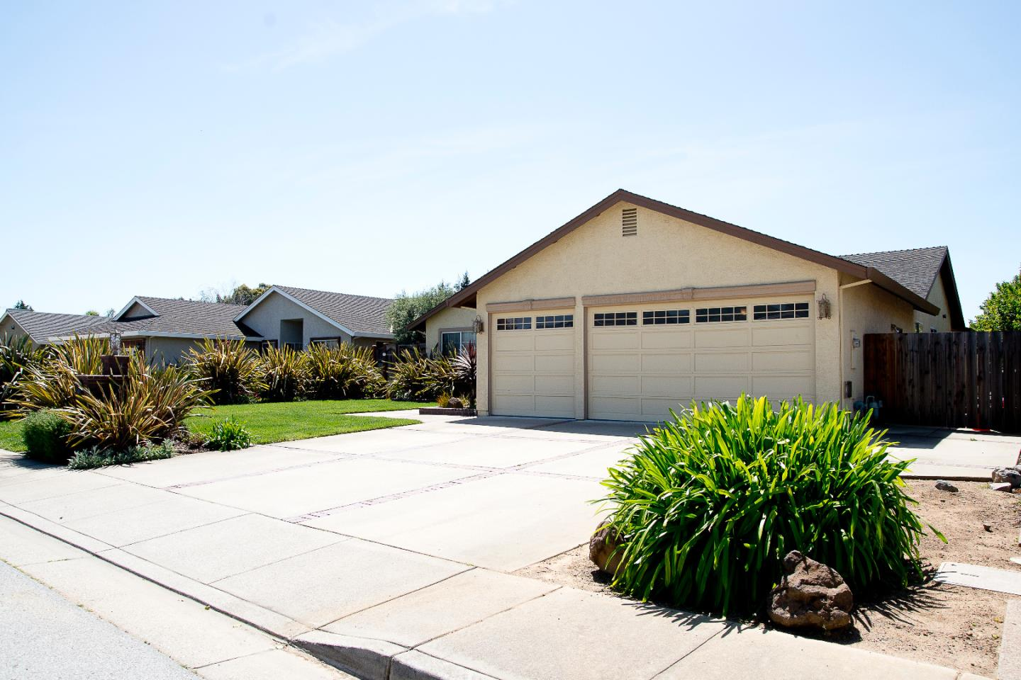 Additional photo for property listing at 17399 Walnut Grove Drive  Morgan Hill, California 95037 United States