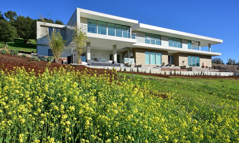 Maison unifamiliale pour l Vente à 12825 Deer Creek Lane Los Altos Hills, Californie 94022 États-Unis