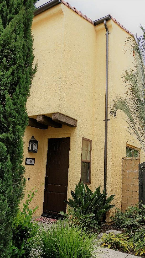 Additional photo for property listing at 109 Painted Trellis  Irvine, Californie 92620 États-Unis