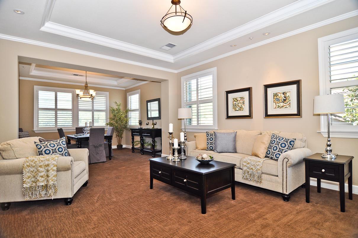 獨棟家庭住宅 為 出售 在 39 Lupine Valley Court Brisbane, 加利福尼亞州 94005 美國