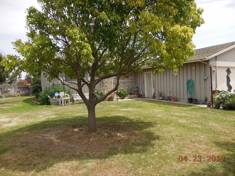 Casa Unifamiliar por un Venta en 150 3rd Street Greenfield, California 93927 Estados Unidos
