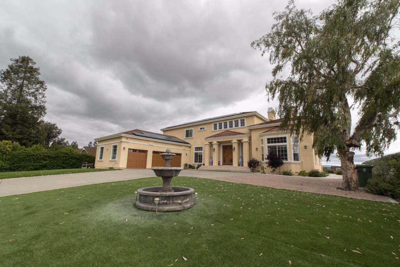 Einfamilienhaus für Verkauf beim 875 Yakima Drive Fremont, Kalifornien 94539 Vereinigte Staaten