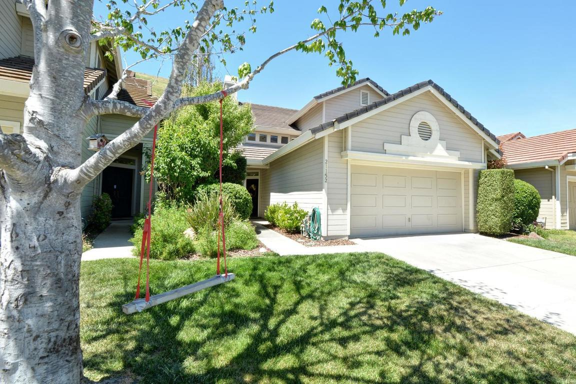 Single Family Home for Sale at 21152 Old Ranch Court Salinas, California 93908 United States
