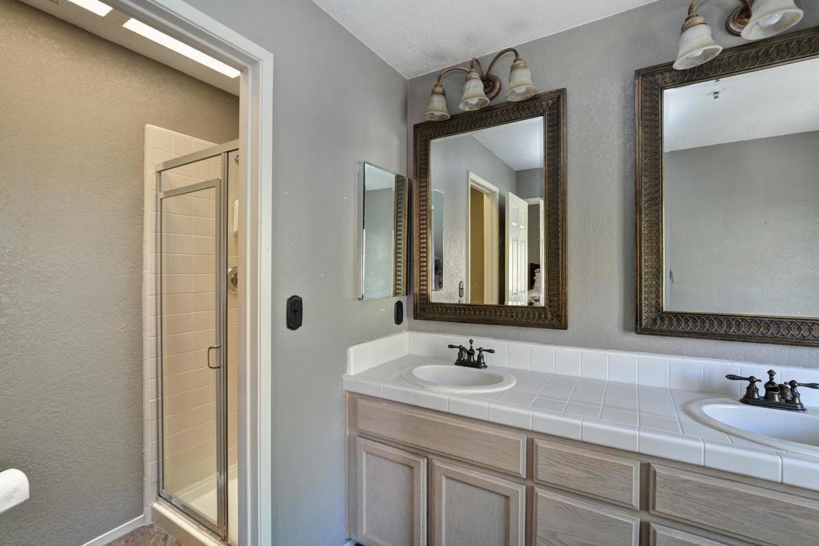 Additional photo for property listing at 21152 Old Ranch Court  Salinas, Калифорния 93908 Соединенные Штаты
