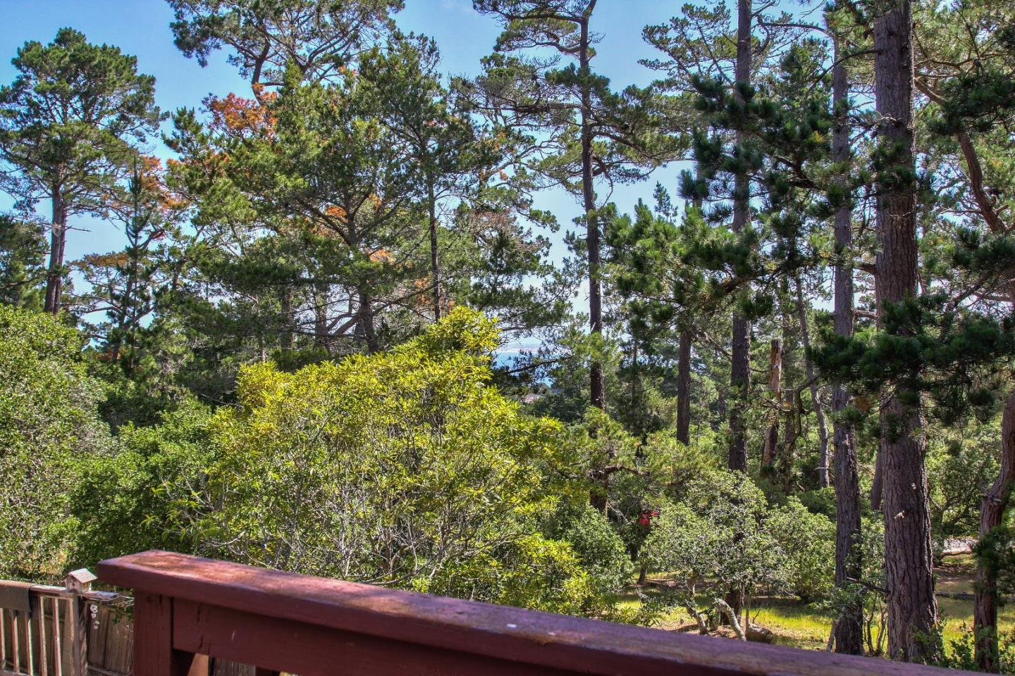 Additional photo for property listing at 9 Chatswood Place  Monterey, カリフォルニア 93940 アメリカ合衆国