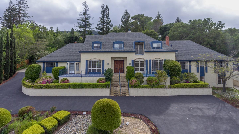 Maison unifamiliale pour l Vente à 15943 Viewfield Road Monte Sereno, Californie 95030 États-Unis