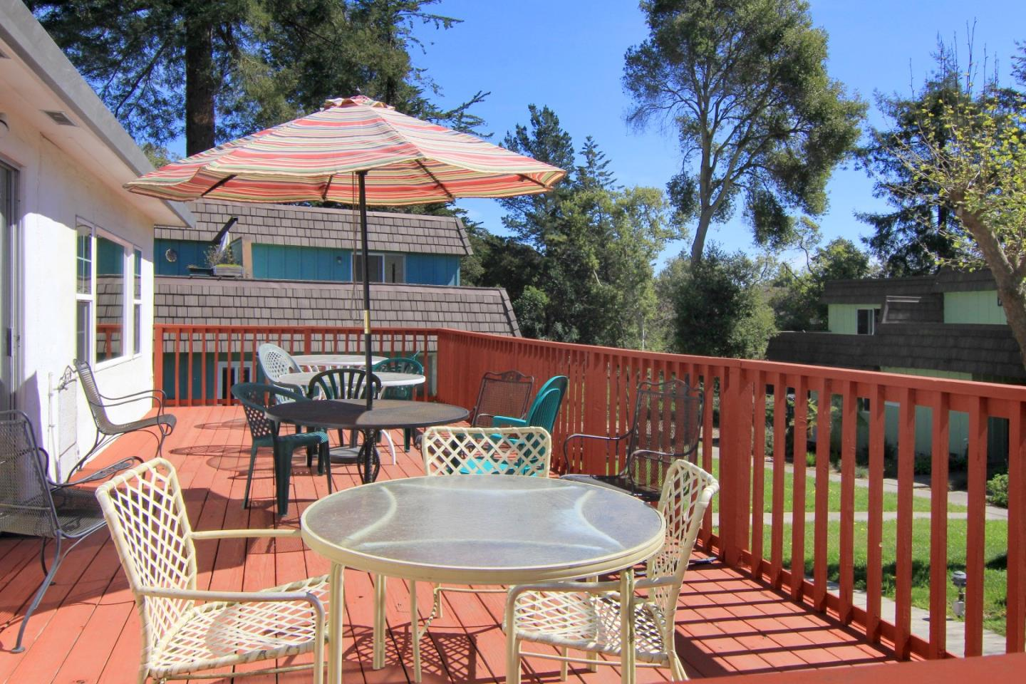 Additional photo for property listing at 6024 Soquel Drive 6024 Soquel Drive Aptos, California 95003 Estados Unidos