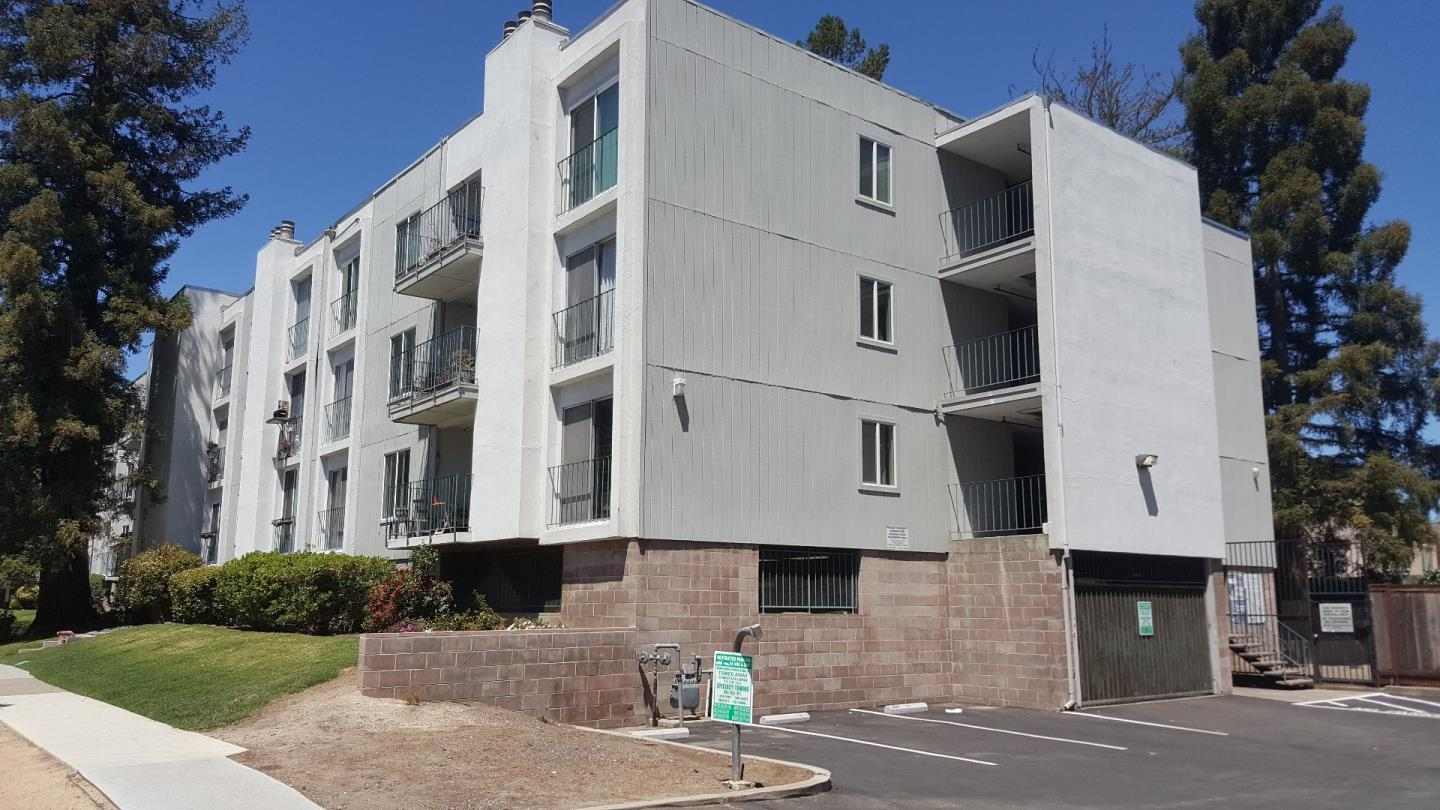 Condominium for Sale at 601 Leahy Street Redwood City, California 94061 United States