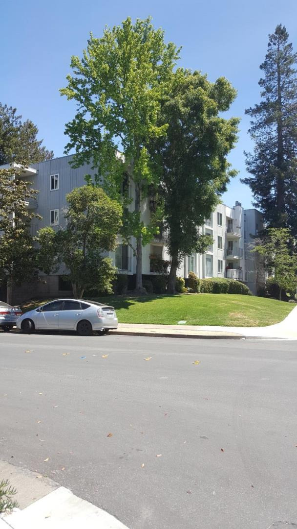 Additional photo for property listing at 601 Leahy Street  Redwood City, California 94061 United States