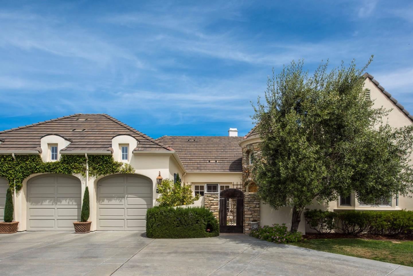 Additional photo for property listing at 224 Madera Court  Monterey, California 93940 Estados Unidos