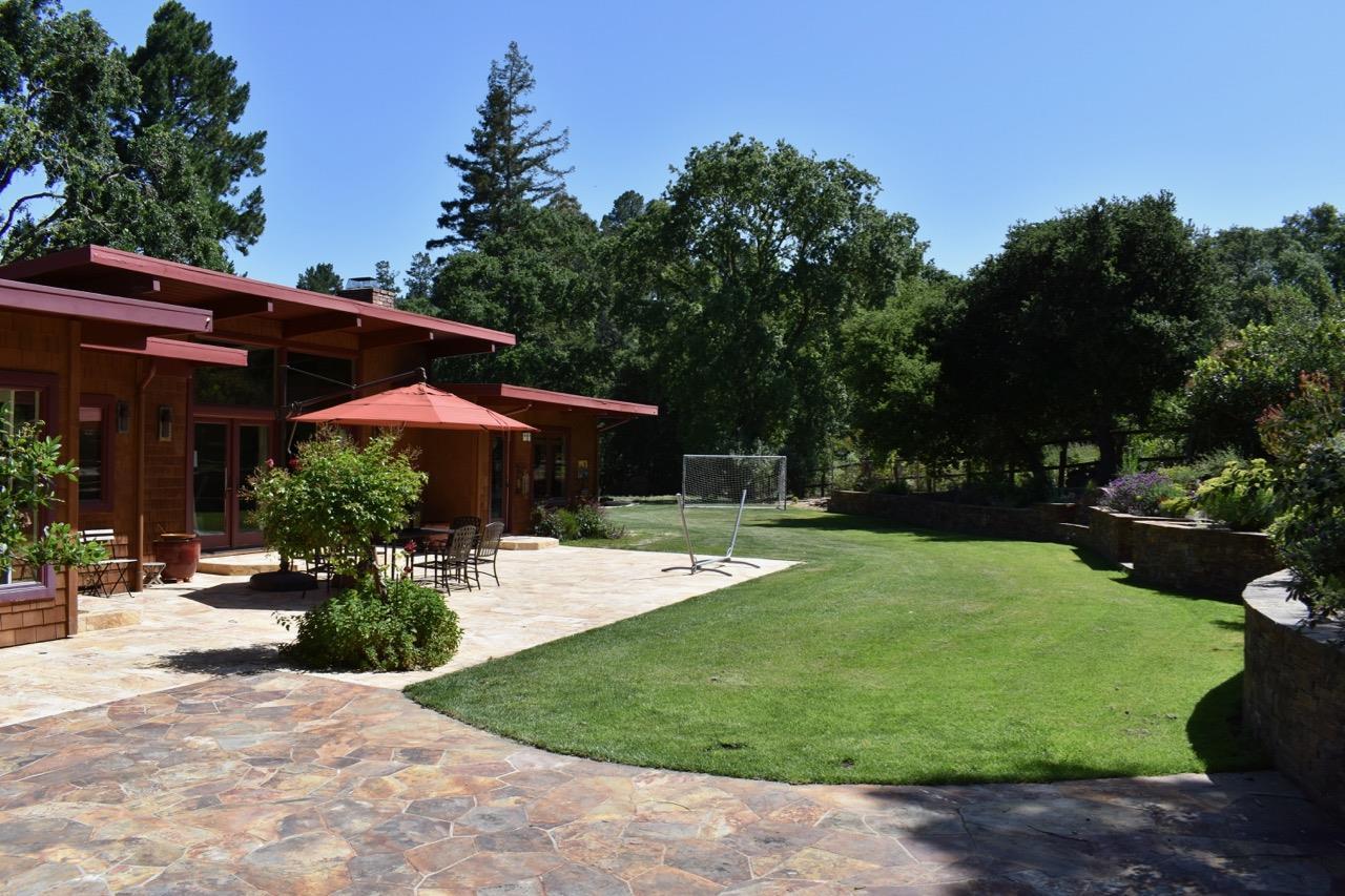 獨棟家庭住宅 為 出售 在 110 Willowbrook Drive Portola Valley, 加利福尼亞州 94028 美國