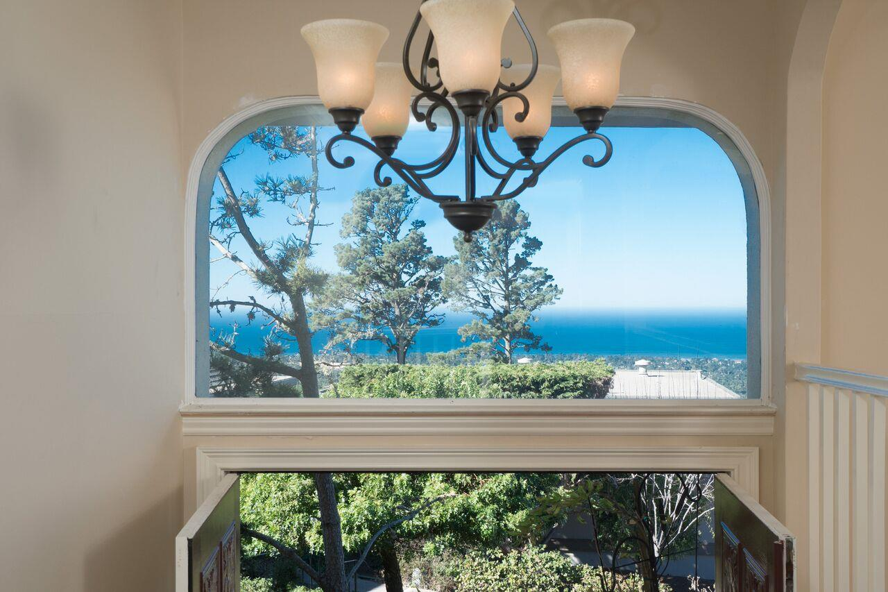 شقة بعمارة للـ Sale في 22 Skyline Crest 22 Skyline Crest Monterey, California 93940 United States