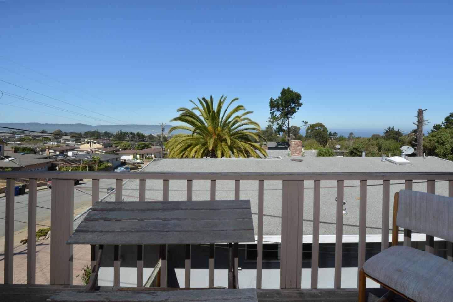 Additional photo for property listing at 1975 Military Avenue  Seaside, California 93955 Estados Unidos