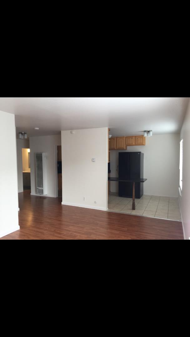Additional photo for property listing at 80 Lausanne Avenue 80 Lausanne Avenue Daly City, Kalifornien 94014 Vereinigte Staaten