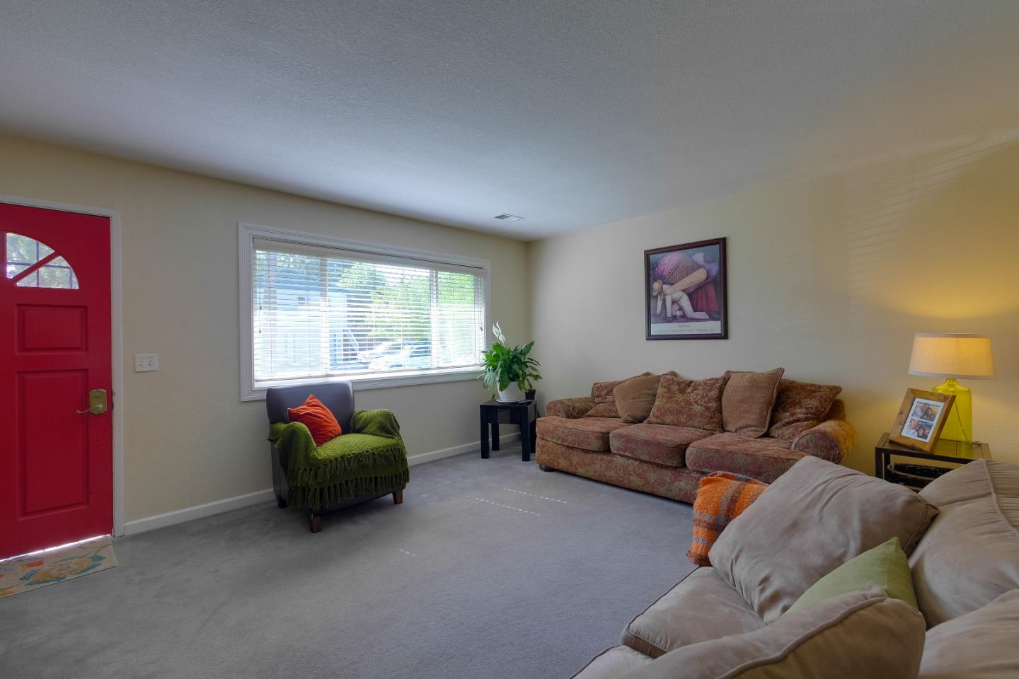 Additional photo for property listing at 108 E Wayne Court  Redwood City, Kalifornien 94063 Vereinigte Staaten