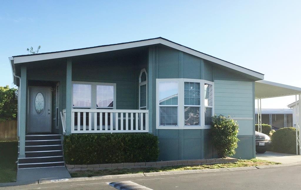 واحد منزل الأسرة للـ Sale في 1225 Vienna Drive Sunnyvale, California 94089 United States