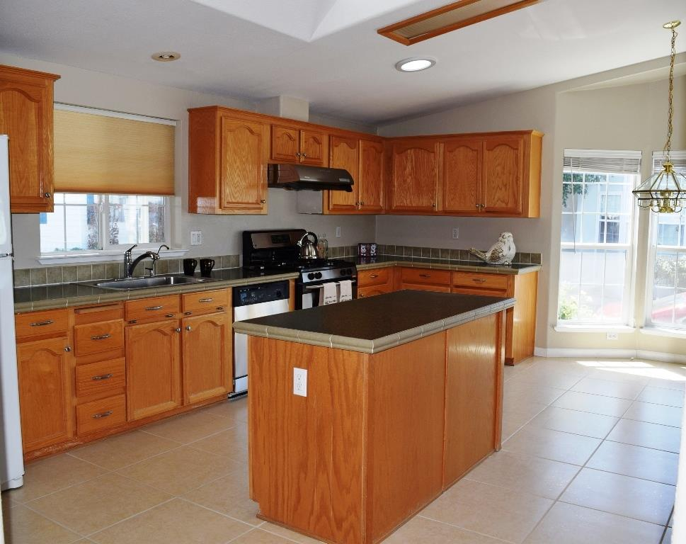 Additional photo for property listing at 1225 Vienna Drive  Sunnyvale, California 94089 United States