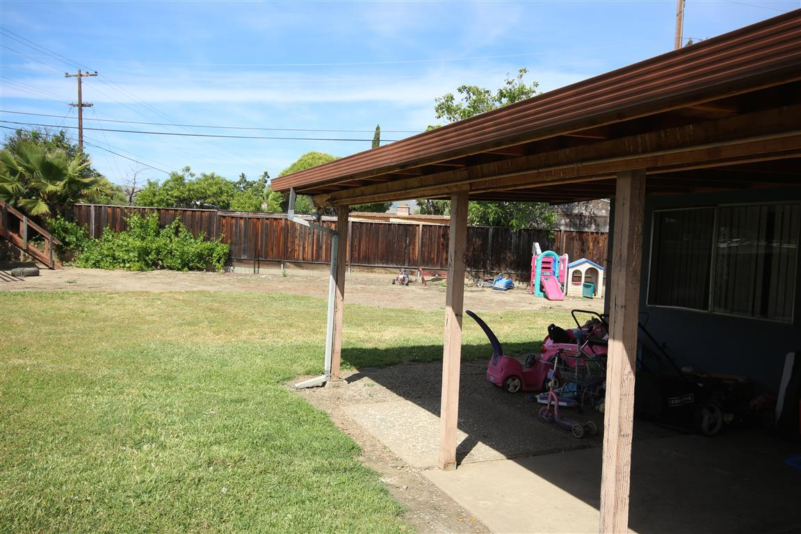 Additional photo for property listing at 1881 La Porte Avenue  San Jose, California 95122 Estados Unidos