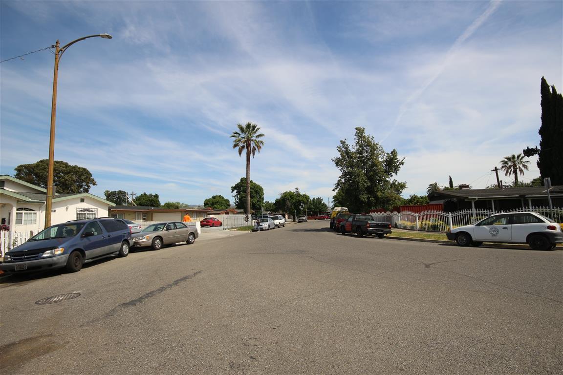 Additional photo for property listing at 1881 La Porte Avenue  San Jose, カリフォルニア 95122 アメリカ合衆国