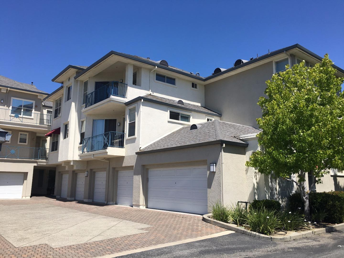 1000 Davit Lane, REDWOOD CITY, CA 94065