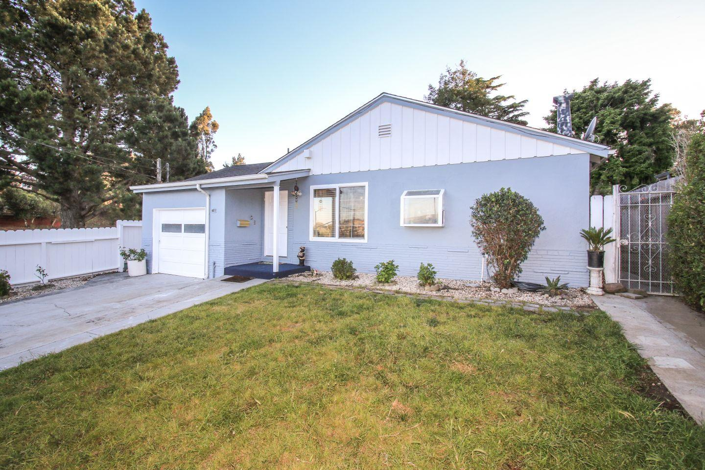 Additional photo for property listing at 110 Longford Drive  South San Francisco, California 94080 Estados Unidos