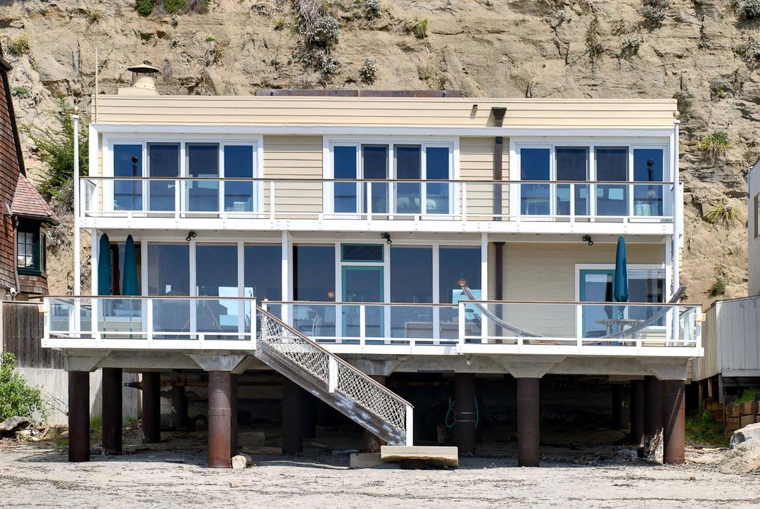 Частный односемейный дом для того Продажа на 785 Las Olas 785 Las Olas Aptos, Калифорния 95003 Соединенные Штаты