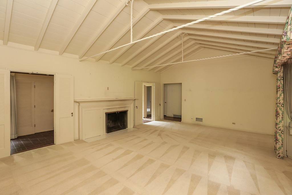 Additional photo for property listing at 1394 San Mateo Drive  Menlo Park, Kalifornien 94025 Vereinigte Staaten