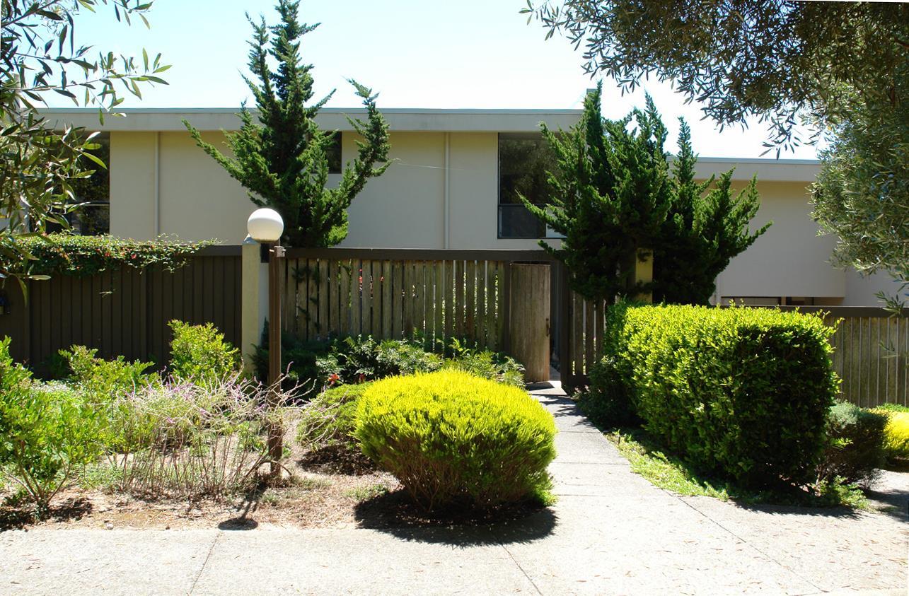 Appartement en copropriété pour l Vente à 3600 High Meadow Drive Carmel, Californie 93923 États-Unis