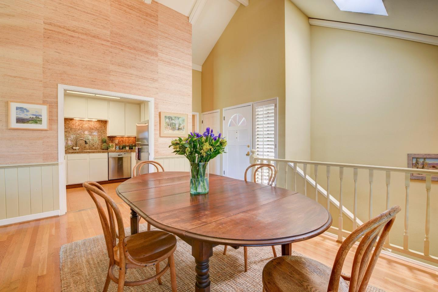 Additional photo for property listing at 514 Cliff Street  Santa Cruz, カリフォルニア 95060 アメリカ合衆国