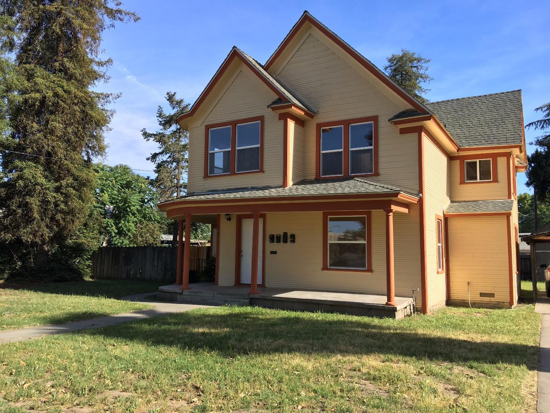 二世帯住宅 のために 売買 アット 312 W Main Street 312 W Main Street Turlock, カリフォルニア 95380 アメリカ合衆国