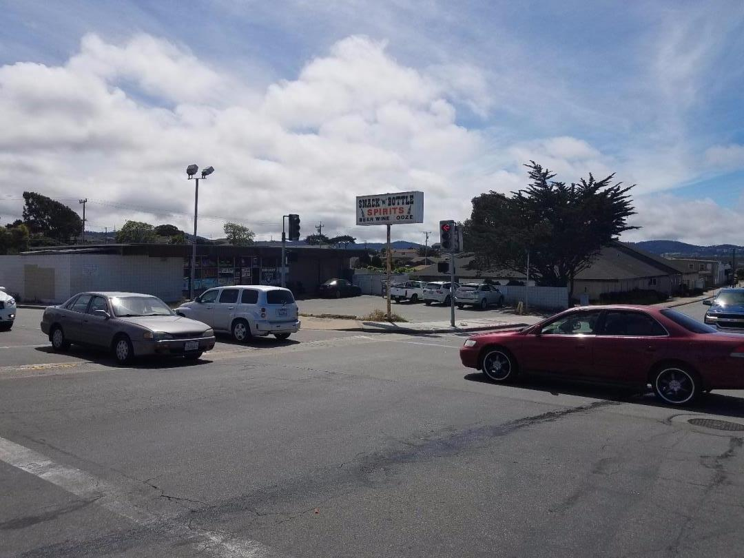 Commercial للـ Sale في 1290 Broadway Avenue Seaside, California 93955 United States