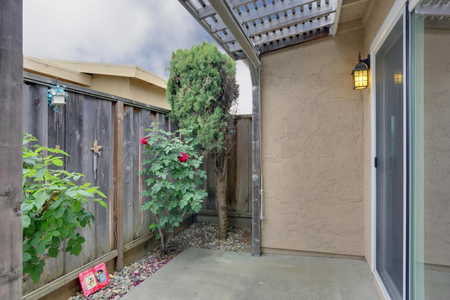 Additional photo for property listing at 491 Spruce Circle  Watsonville, Californie 95076 États-Unis