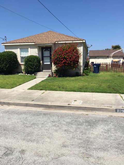 Maison unifamiliale pour l Vente à 10941 Seymour Street Castroville, Californie 95012 États-Unis