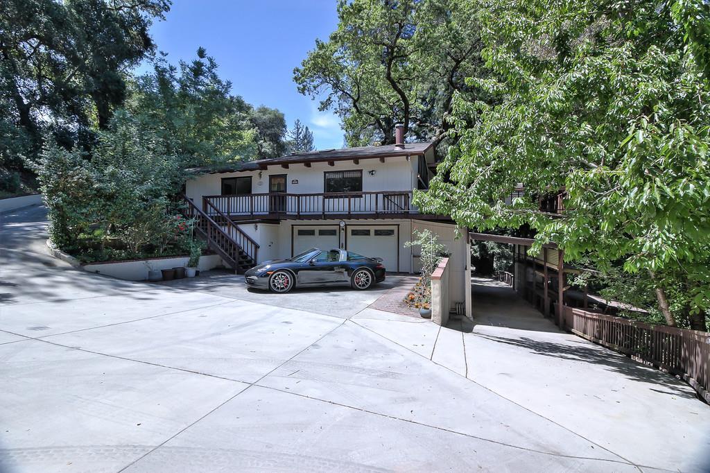 واحد منزل الأسرة للـ Sale في 8683 Glen Arbor Road Ben Lomond, California 95005 United States