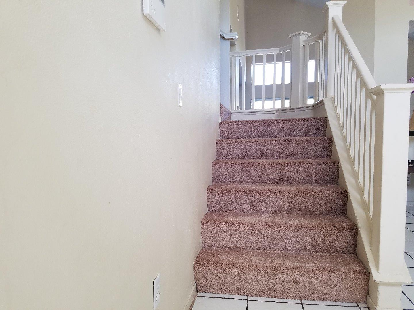 Additional photo for property listing at 727 Acapulco Way  Salinas, California 93905 United States