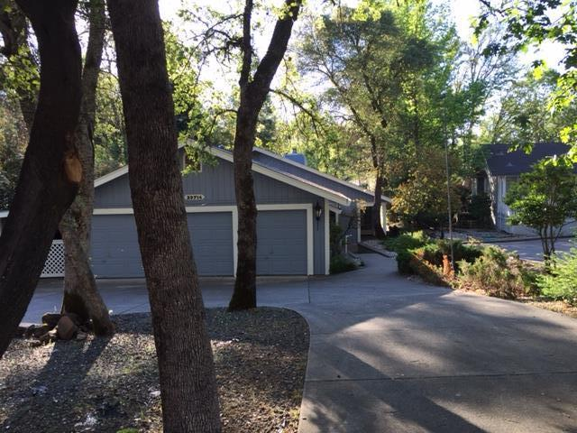 Single Family Home for Sale at 23714 Shadow Drive Auburn, California 95602 United States