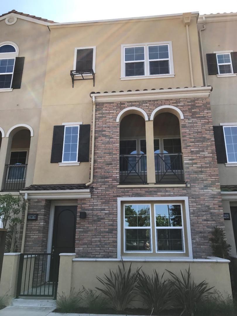 Casa unifamiliar adosada (Townhouse) por un Alquiler en 39870 Sawyer Terrace Newark, California 94560 Estados Unidos