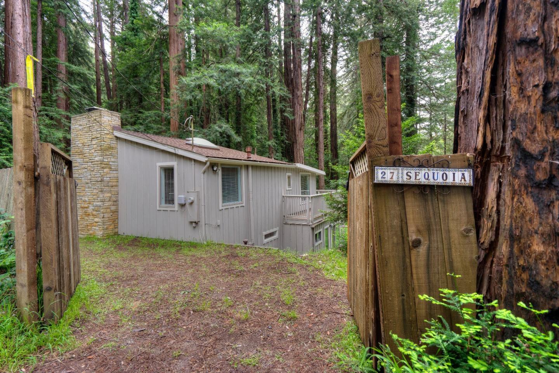 Частный односемейный дом для того Продажа на 27 Sequoia Drive 27 Sequoia Drive La Honda, Калифорния 94020 Соединенные Штаты