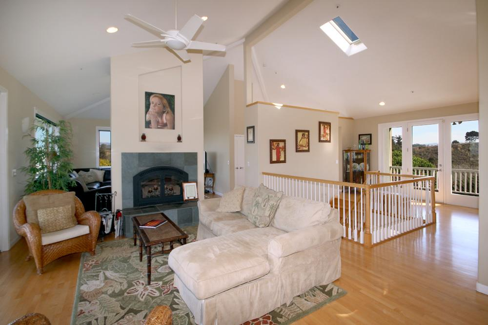 Additional photo for property listing at 11 Crest Drive  Watsonville, カリフォルニア 95076 アメリカ合衆国